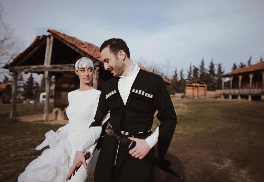 """Photo of ულამაზესი წყვილის """"თავადური"""" ქორწილი – სასურველი სასიძო დაოჯახდა"""