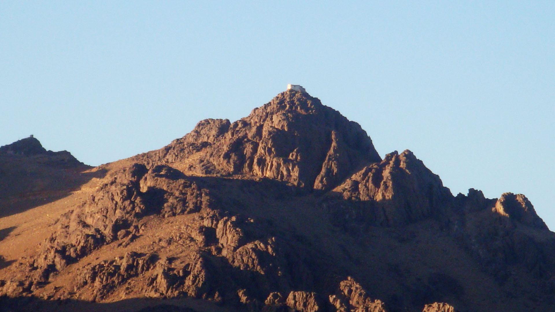 Photo of უძველესი ბერძნული მონასტერი სინას მთაზე, რომელიც ტერორისტებს გადაურჩა