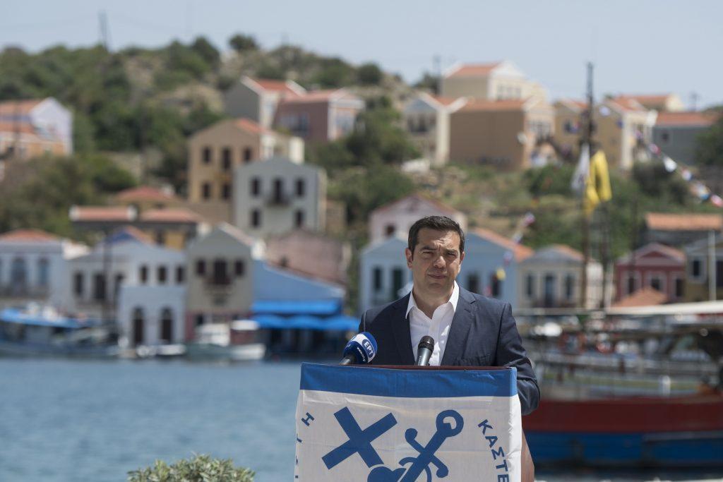 Photo of საბერძნეთი კუნძულ კასტელორიზოზე დამატებით სამხედრო ძალებს გზავნის