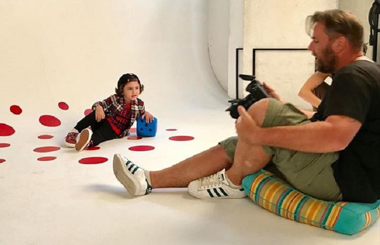 Photo of ბერძნულ-ქართული ოჯახის სიამაყე, 4 წლის ვასილი – საბერძნეთის მოდის ინდუსტრიის ამომავალი ვარსკვლავი
