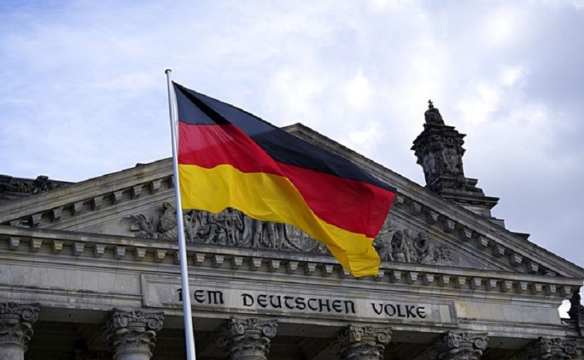 Photo of გერმანიას ახალი წლიდან 400 000 ახალი მუშახელი ესაჭიროება – ამ რიცხვში შესაძლოა ქართველი სპეციალისტები და პროფესიული განათლების მქონე სამუშაოს მაძიებლებიც მოხვდნენ