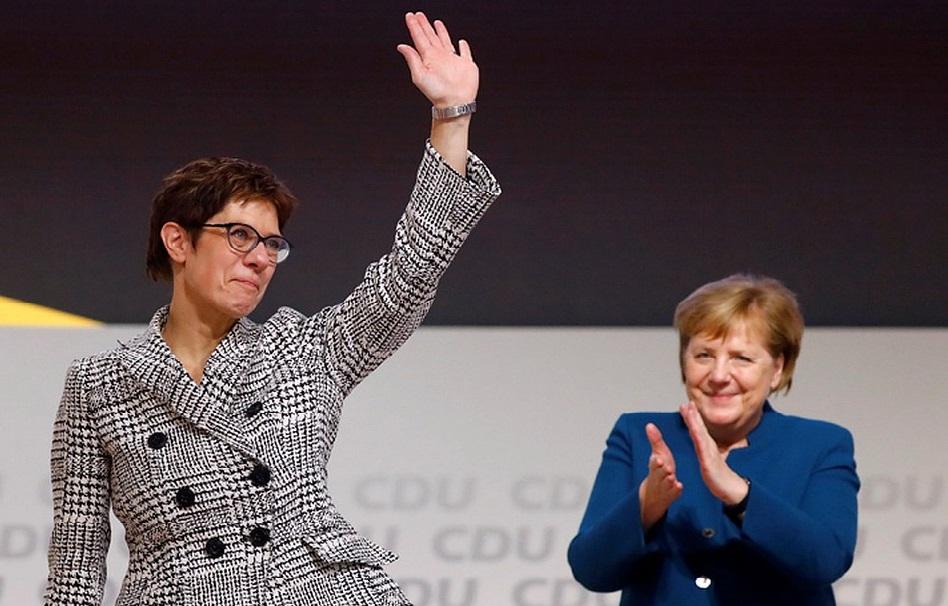 Photo of გერმანიის ქრისტიან-დემოკრატიული პარტიის ახალი თავმჯდომარე ანგელა მერკელის საიმიგრაციო პოლიტიკის შეცვლას გეგმავს