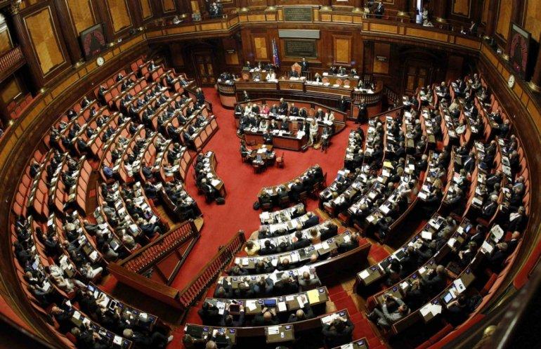 Photo of იტალიის ხელისუფლება ადასტურებს, რომ პარლამენტის დეპუტატების რაოდენობის შემცირებას აპირებს