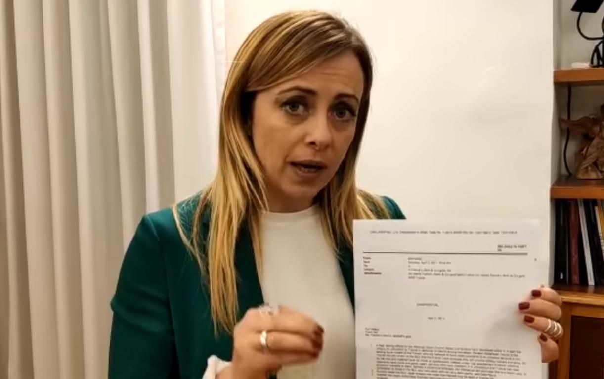 Photo of იტალიელი პოლიტიკოსი საფრანგეთს მოუწოდებს ლიბიის დაბომბვის ნამდვილი მიზეზი განმარტოს