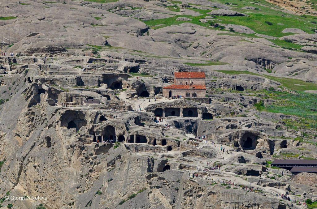Photo of Ουπλιστσίχε – η αρχαία πόλη των σπηλαίων