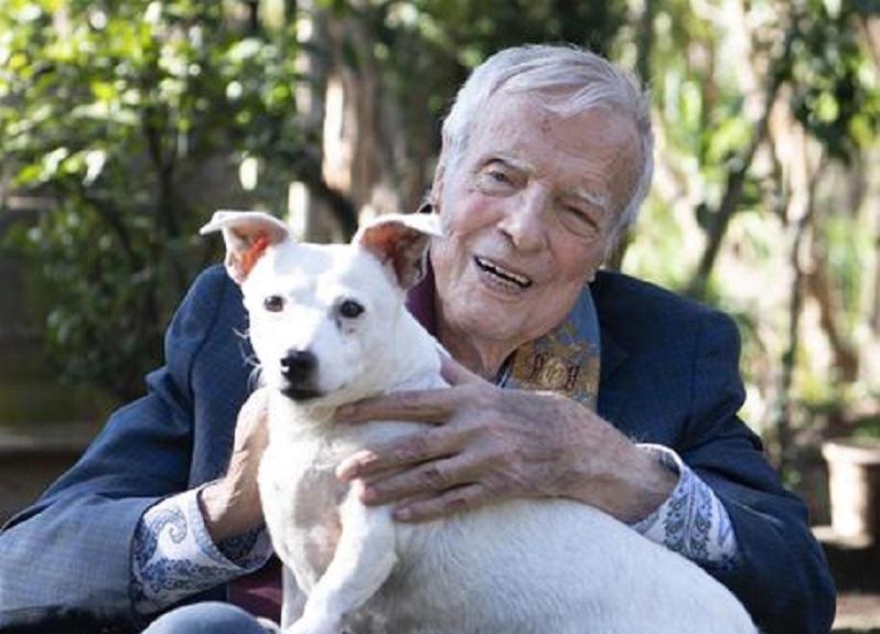 """Photo of """"მშვიდობით, ძვირფასო მაესტრო"""" – ფრანკო ძეფირელი 96 წლის ასაკში გარდაიცვალა"""
