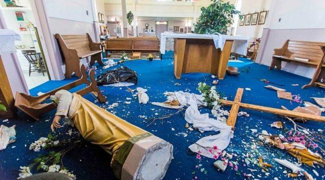 Photo of საფრანგეთში ქრისტიანულ ძეგლებზე თავდასხმა გახშირდა