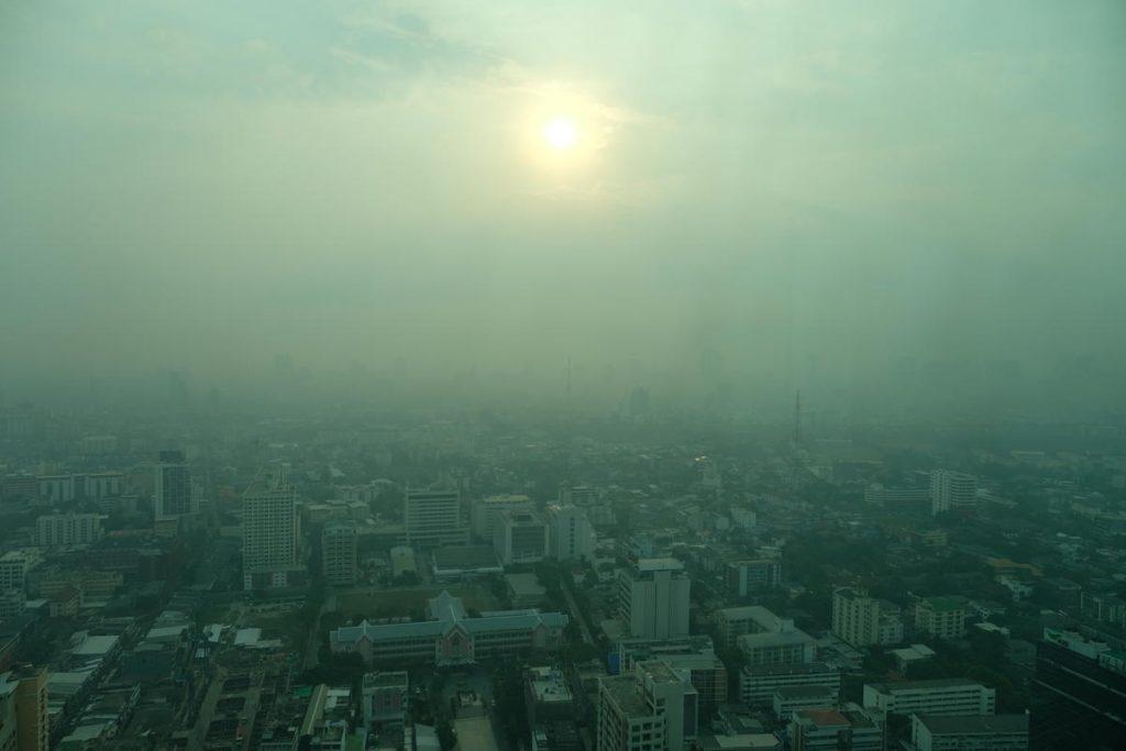 Photo of ქალაქის დაბინძურებული ჰაერის სუნთქვა იგივეა, რაც დღეში ერთი კოლოფი სიგარეტის მოწევა – ახალი კვლევა
