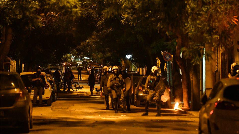 Photo of ანარქისტებისა და პოლიციის შეტაკება ათენის ცენტრში