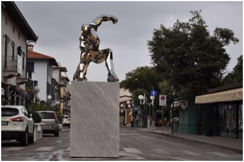 Photo of იტალიაში MARVEL COMICS-ის პერსონაჟ რკინის კაცს ძეგლი დაუდგეს