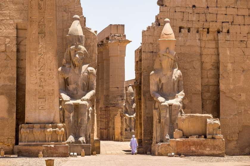 Photo of იტალიელ დიპლომატს ეგვიპტეში ათასობით არტეფაქტის მოპარვაში ადანაშაულებენ