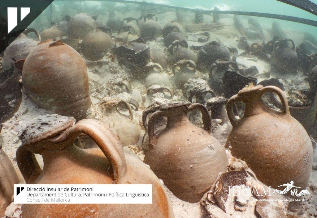 Photo of ჩაძირულ ძველრომაულ გემზე ასამდე უცნაური ამფორა აღმოაჩინეს (ვიდეო)