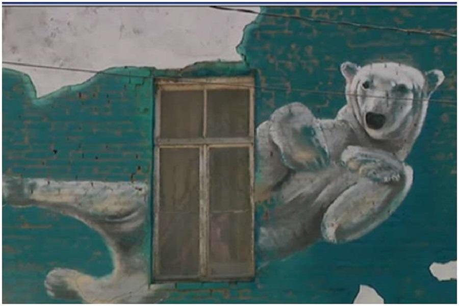 Photo of თბილისში ძველ შენობებსა და კედლებს ქართველი და უცხოელი ხელოვანები მოხატავენ (ვიდეო)