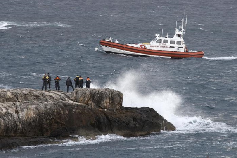 Photo of იტალიის სანაპიროსთან  149 მიგრანტი გადაარჩინეს, 5 ქალი დაიღუპა, დაკარგულებს ეძებენ