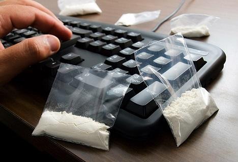 Photo of შსს-მ ნარკოტიკების ინტერნეტით რეალიზაციის დანაშაულებრივი სქემა გაშიფრა – ამოღებულია 6 მილიონამდე ლარის ნარკოტიკი (ვიდეო)