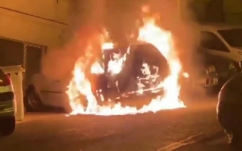 Photo of საბერძნეთში თურქეთის საკონსულოს თანამშრომლის მანქანა დაწვეს (ვიდეო)
