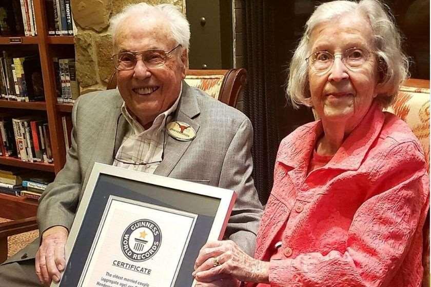 Photo of მსოფლიოს უხუცესმა წყვილმა ქორწინების მე-80 წლისთავი აღნიშნა