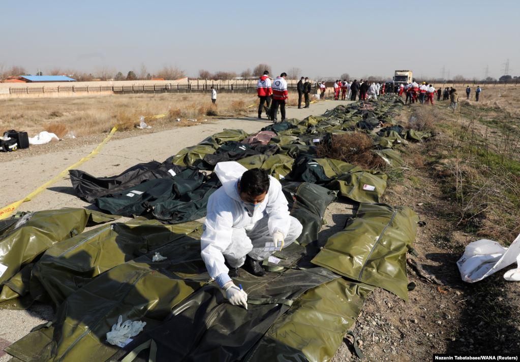 """Photo of ირანში უკრაინული """"ბოინგი"""" ჩამოვარდა, ბორტზე მყოფი 176-ვე ადამიანი დაიღუპა (ფოტოები)"""