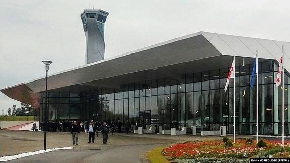 Photo of კორონავირუსის გამო მგზავრებს ქუთაისის და ბათუმის აეროპორტებშიც ამოწმებენ