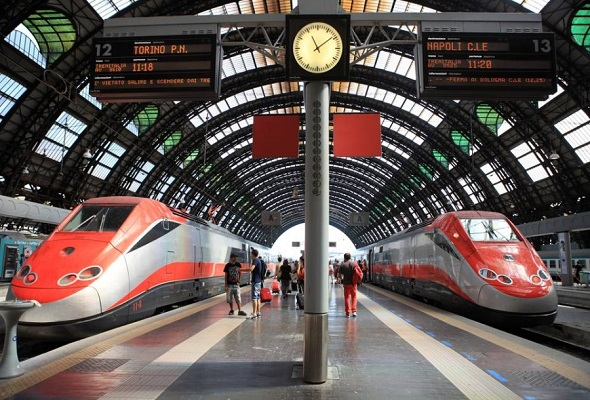 Photo of მეგობრების დაგვიანების გამო ქართველმა მამაკაცმა იტალიაში 7-ვაგონიანი მატარებელი გააჩერა