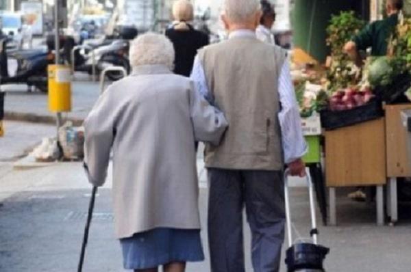 Photo of ISTAT: ბებიები და პაპები 7 მილიონზე მეტ იტალიურ ოჯახს სიღარიბისგან იცავენ