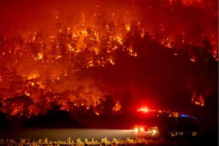 Photo of ტყის ხანძრების გამო ავსტრალიის დედაქალაქის მცხოვრებნი ევაკუირებას ვერ ახერხებენ