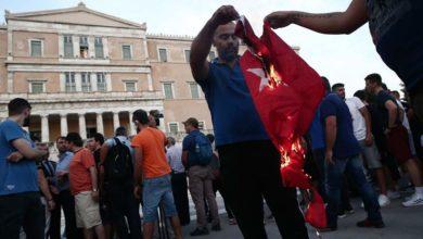 Photo of ათენში, სინდაღმის მოედანზე თურქეთის დროშა დაწვეს