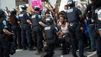 Photo of პროტესტი, ძალადობა, მოროდიორობა აშშ-ში და კომენდანტის საათი 40-ზე მეტ ქალაქში (ვიდეო)