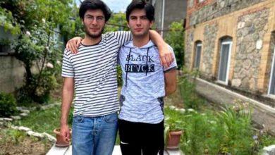 Photo of სხვადასხვა ოჯახში გაშვილებული ტყუპი ძმები ერთმანეთს წლების შემდეგ საგამოცდო ცენტრში შეხვდნენ
