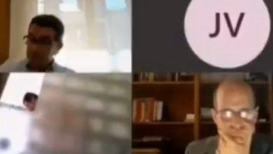 Photo of ესპანელ პოლიტიკოსს, რომელიც ვიდეოკონფერენციის დროს შხაპს იღებდა, თანამდებობის დატოვება მოუწია (ვიდეო)