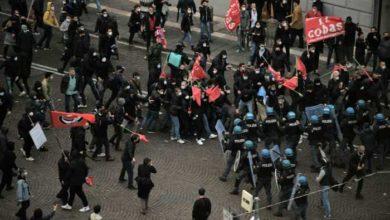 Photo of ნეაპოლში შეზღუდვების საწინააღმდეგო მანიფესტაციის დროს პოლიციასთან შეტაკება მოხდა (ვიდეო)