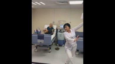 Photo of სიმსივნესთან მებძოლი პაციენტის დაკრულზე აცეკვებული ექთანი – ემოციური ვიდეო