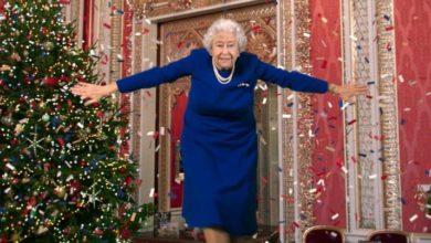 Photo of დედოფალ ელისაბედ II-ის ცეკვა – ალტერნატიული საშობაო მესიჯი (ვიდეო)