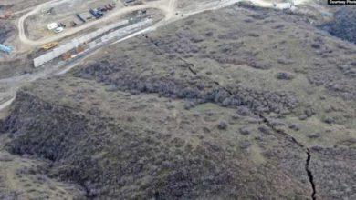 Photo of თბილისში, ლისის ტბასთან, ვაშლიჯვრის ფერდზე მეწყრული პროცესები განვითარდა (ვიდეო)