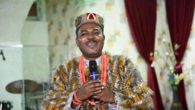 Photo of ნიგერიის მეფე რიჩარდ არინზე ოგბუნუჯუ თბილისის მერობისთვის იბრძოლებს