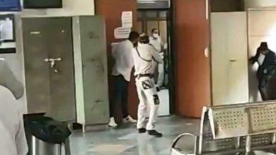 Photo of ადვოკატებად გადაცმულმა განგსტერებმა სასამართლო დარბაზში მაფიის ბოსი მოკლეს (ვიდეო)