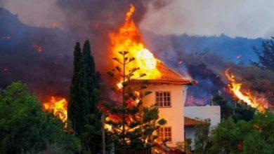 Photo of ესპანეთი: ვულკანის ამოფრქვევა პალმაზე, ლავამ საცხოვრებელ სახლებამდე მიაღწია