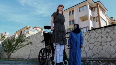 Photo of მსოფლიოში ყველაზე მაღალი ქალი თურქეთში ცხოვრობს